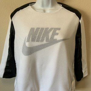 Nike Womens Perforated Sweatshirt 3/4 Sleeve Whit
